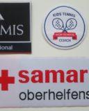 Gewobene Abzeichen können sehr fein dargestellt werden. Bei gewobenen Badges können Schriften von nur 1 mm problemlos produziert werden.