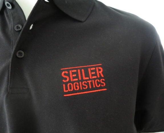 Firmenbekleidung wird von uns für grosse und kleine Unternehmen sorgfältig bestickt damit der Auftritt stimmt!