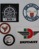 Stickerei Labels von Tonsai sind bis ins Detail naturgetreue Widergabe der Logos unserer Kunden.